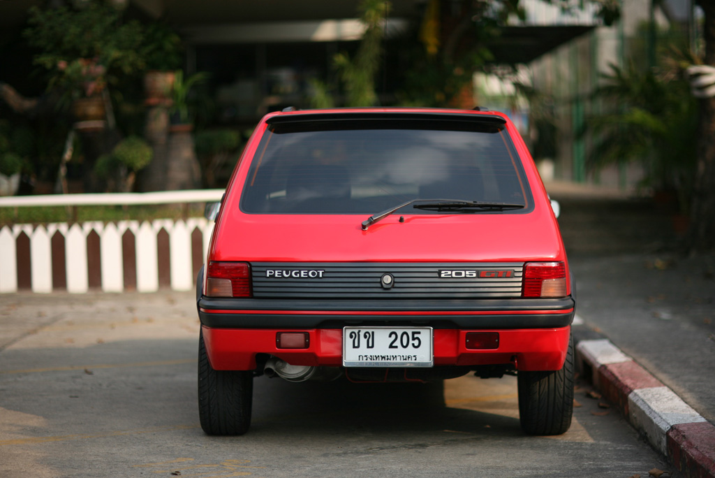 gti red bangkok rear.jpg